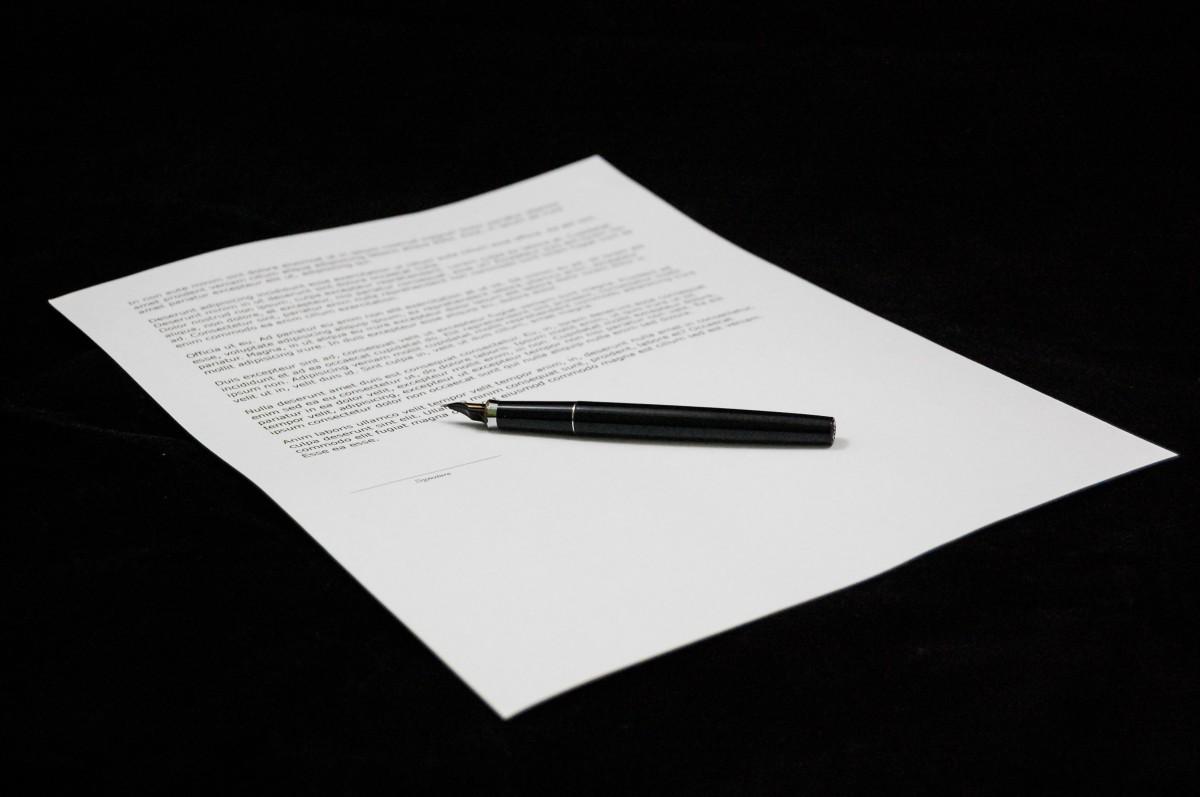 Kommentar: Kränkande kontrakt